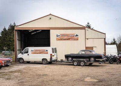 Atelier de restauration de voiture ancienne à St Amand